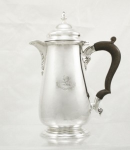Silver-Coffee-Pot-Hallmarked-London-1934-071011 (1)